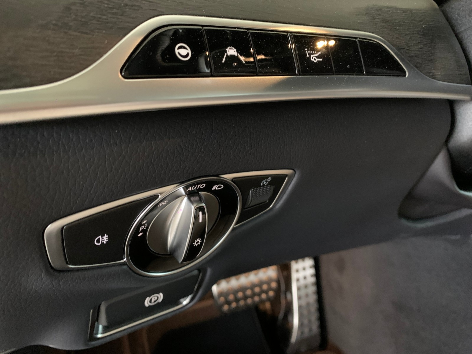 Mercedes-Benz S400