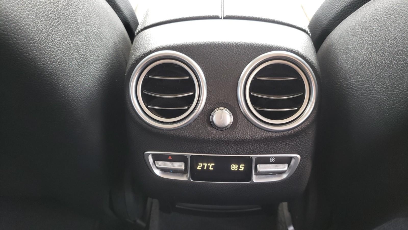 Mercedes-Benz GLC 220